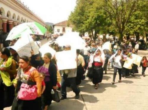 evangelicos-expulsados-jalisco-mexico_369x274_exact_1453917429